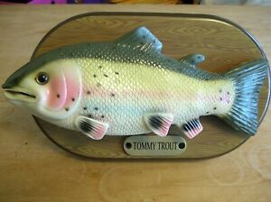 Tommy Trout Singing Wall Mountable Fish Tested Works  Decor Collectable READ