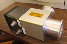 VAT Ultra Low Vacuum Pneumatic Bellows Valve 29032-KA11-AAX1/0395 ISO Flanges