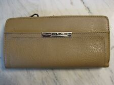 Relic Brand EST. 1992 Womens Pebble Beige Leather Wallet