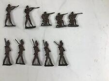 Vintage lead toy soldiers x 10.