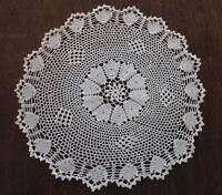 """Vintage Crochet Lace Plate Doily Fine Scallops & Picots 9"""""""