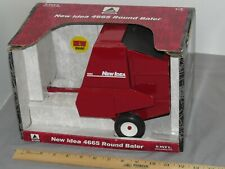 Vintage New Idea 4665 Round Baler By Ertl 1:16 Scale NIB toy tractor