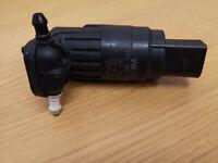 Genuine VW Golf MK5 Touran Polo Audi A3 Windcreen Washer Jet Pump 1T0955651A Q