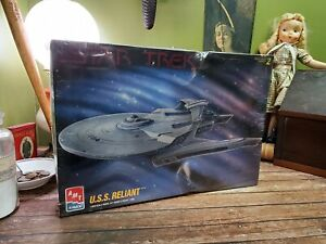 Vintage 1995 Star Trek VI - USS RELIANT - AMT Ertl SEALED Model Kit 8766