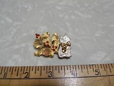 Vintage Cat w/ Real Bell Floral Holly Berries Pin Marked KC Nice Pin Green Eyes