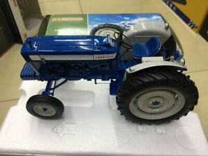 Universal Hobbies Ford 5000 1964 1:16 Scale DieCast Model Fram Tractor UH2705