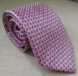 Donald J. Trump~Signature Collection~Men's Pink Power Tie~100% Silk~Gray