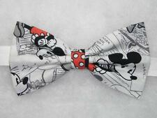 (1) PRE-TIED BOW TIE-VINTAGE DISNEY MINNIE & MICKEY MOUSE TOSSED ON COMIC STRIPS