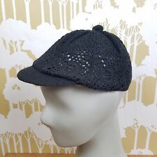 Vintage Women's 60s 70s  Black Paneled Hat Cap Beret Style Knit Crocheted