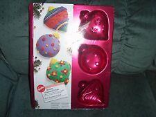 Wilton  Holiday Christmas Ornaments Cake Pan 2005 #2105-9905 BNIP