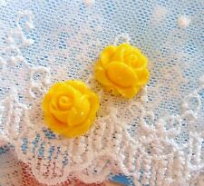 2 Cameo Rose Buttons~Vintage Cameos~Acrylic 15mm~Yellow Rosebuds~ >^..^<