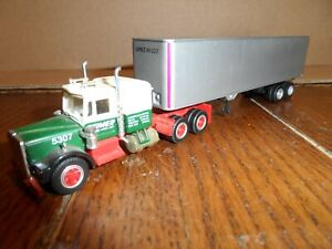 HO SCALE TRACTOR AND TRAILER  REMIER