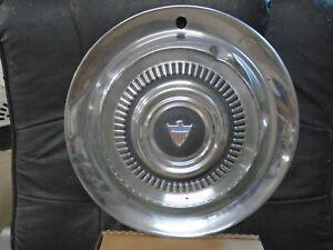 1963 AMBASSADOR HUB CAP AMC RAMBLER