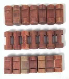 """LINCOLN LOGS Parts Lot: 21 Small Wooden Log Pieces 1-1/2"""" Dark Brown 1 Notch"""