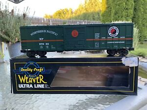 O Scale Weaver Northern Pacific 50 Foot Box Car.