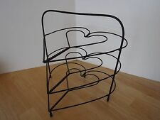 Primitive Heart 3 Shelf Wire Pie Rack Stand