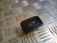 Volvo V70 XC70 2009 2,4D D5  PULSANTE APERTURA  Portellone Posteriore 31264960