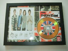ONE DIRECTION  SIGNED  DISC 69