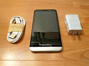 BLACKBERRY Z30 UNLOCKED CELL PHONE FIDO ROGERS BELL TELUS AT&T KOODO T-MOBILE+++