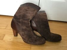 UGG 5474 Stella women's mid calf Brown leather suede boots Sz 10M Excellent