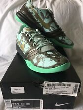 Nike Kobe Mentality Los Angels Lakers 'Poison Dart Frog', Size 11.5,  DS