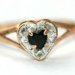9 ct yellow and white gold sapphire heart shaped stone and setting ring size R