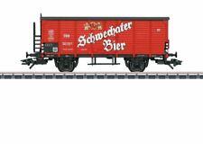 48937 2-Axle Wood Beer Reefer - 3-Rail - Ready to Run - Schwechat Beer (Era Iii
