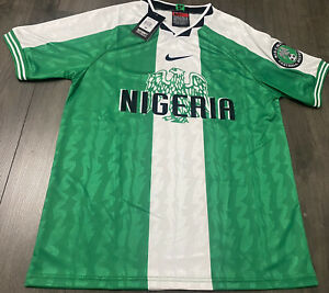 BNWT 1996 Nigeria retro soccer Men's  jersey (M)
