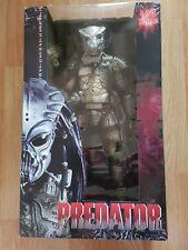 Rare NECA 1/4 Scale Action Figure Guardian Gort Predator Ltd 5,000