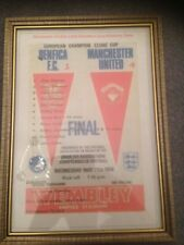 FRAMED CANVAS PRINT OF 1968 EUROPEAN CUP FINAL - MANCHESTER UNITED PRINT