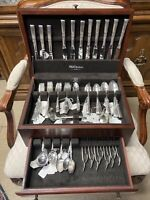 104 Piece ONEIDA Morning Star 1948 Silver Plate Flatware set with Wood Chest