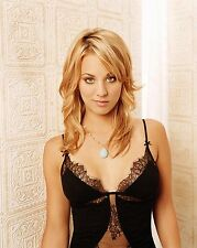 Kaley Cuoco Unsigned 16x20 Photo (11)