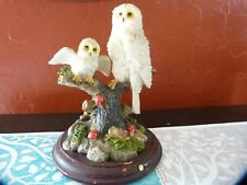 2 snowy owl statue perched on a stump on a wood base, msa 2001, resin, China