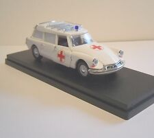 RIO 1:43 MADE IN ITALY AUTO DIE CAST CITROEN ID 19 BREAK AMBULANCE ART 116
