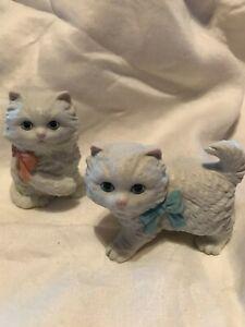 SET OF 2 VTG CAT KITTEN HOMCO FIGURINES WHITE PERSIAN PORCELAIN