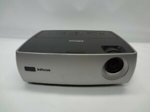 InFocus W240 2000:1 1700 ANSI Lumens DLP Video Projector w/Lamp *No Remote*