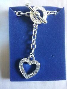BN Ladies Avon necklace with heart pendant