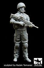 Black Dog 1/35 British Soldier in Afghanistan [Resin Figure Model kit] F35034