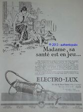 PUBLICITE DE 1925 ELECTRO-LUX ASPIRATEUR POUR LA SANTE DE L'ENFANT ARNOLD AD