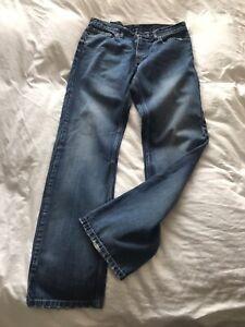 "Levis Jeans 514 Waist 34"" / Leg 34"""