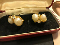 Vintage  Classic Faux Pearl & Diamante Clip On Earrings