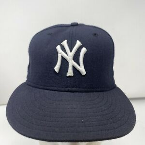 New Era New York Yankees MLB Navy/White Authentic Collection On-Field Sz. 7