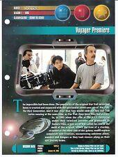 1998 Newfield Publications STAR TREK UNIVERSE Binder for Voyager