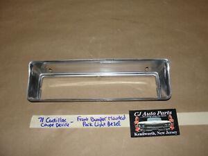 OEM 71 Cadillac Deville RIGHT FRONT BUMPER PARK TURN SIGNAL LIGHT BEZEL TRIM