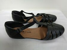 Clarks Collection black leather Graceline art T strap flat sandals women's 8 W