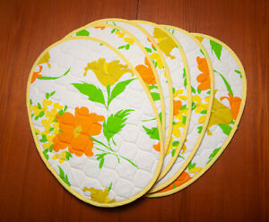 6 Vintage Quilted Reversible Oval Placemats Orange Green Yellow Floral Print
