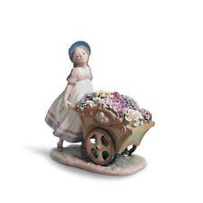 Lladro Love's Tender Tokens Girl Figurine 01006521