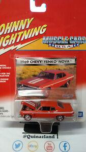 Johnny Lightning Muscle Car 1969 Chevy Yenko Nova     (CG12)