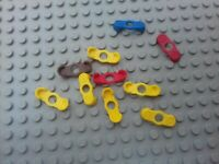LEGO - 10 x ASSORTED VINTAGE MINIFIGURE EPAULETTES 2526 - RED BROWN BLUE YELLOW
