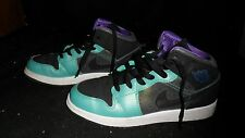 Nike Air Jordan Retro Mid/High top Size 5Y YOUTH KIDS small Teal and Purple